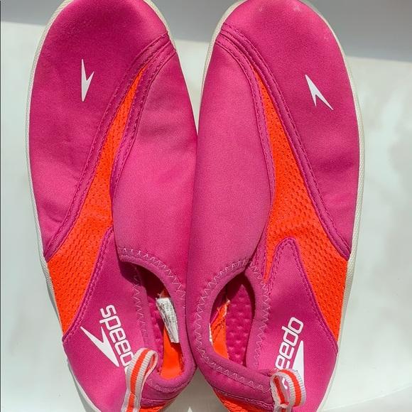 Speedo Other - Speedo Water-shoes size 4